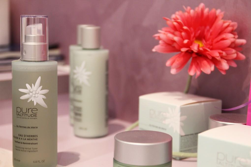 Pure Altitude, gamme de cosmétique naturelle vendu par Ôvive des Alples, La Roche sur Foron.